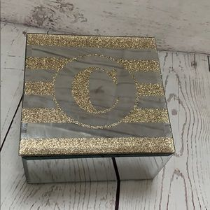 "Mirror jewelry box with letter ""C"""